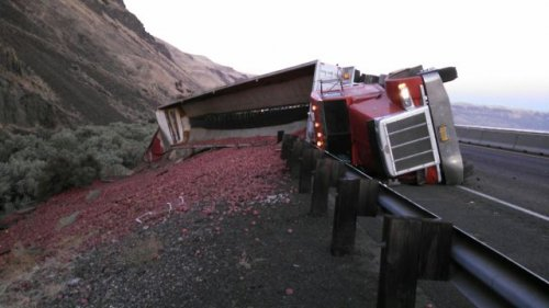 Commercial Truck Crash Partially Blocking Eastbound Interstate 84